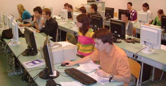 Digitális Egészségtudományi Intézet
