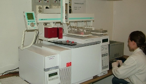 GC/MS gaschromatograph and mass spectometry