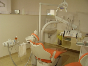 Work station at the Department of Conservative Dentistry