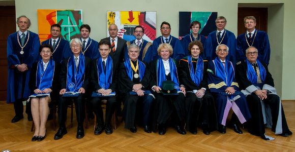 Eight newly conferred honorary doctors