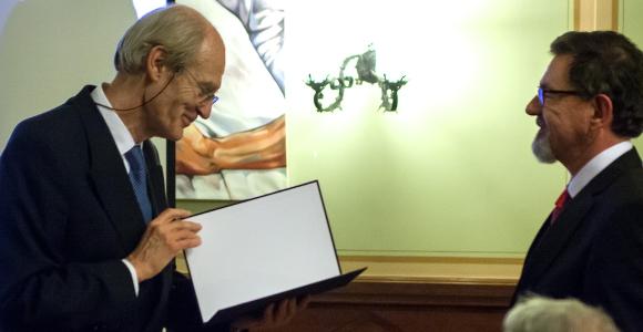 Dr. Tomas Hökfelt receives Semmelweis Budapest Award