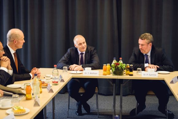 Hungarian ambassador to Germany visits Semmelweis University's campus in Hamburg