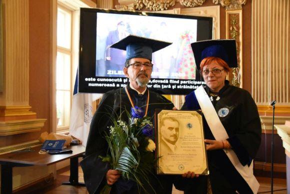"Dr. Ágoston Szél has received the Doctor Honoris Causa Award from ""Vasile Goldis"" Western University of Arad"