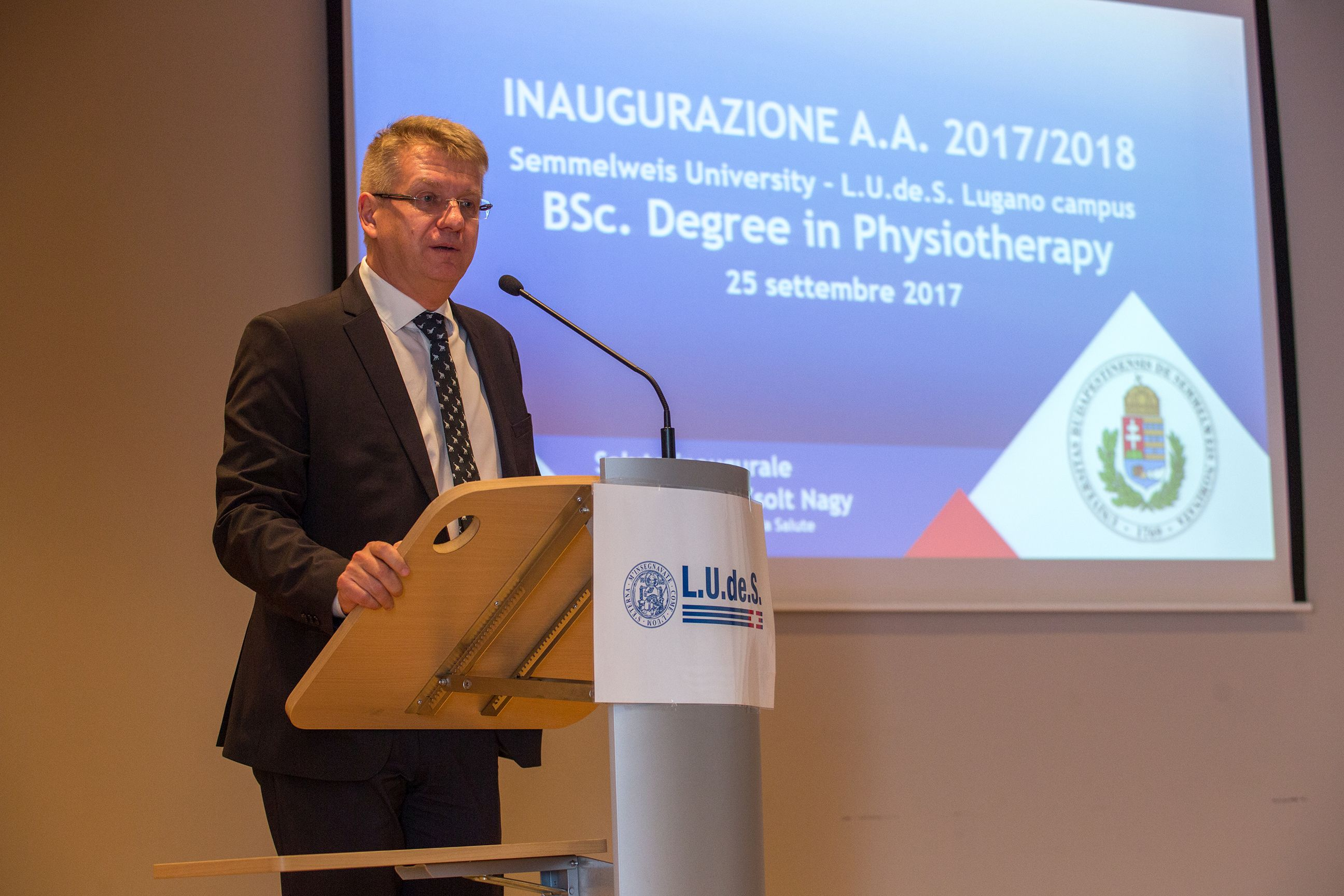 The new academic year was officially opened by Dr. Manuela Di Martino ce8fcd8bf2