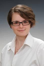 dr. Antal Dóra