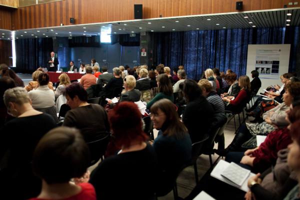 RS7951_20131106-IMG_5373-eg-ugyi-szakdolgozo-tovabbkepzo-konferencia-scr