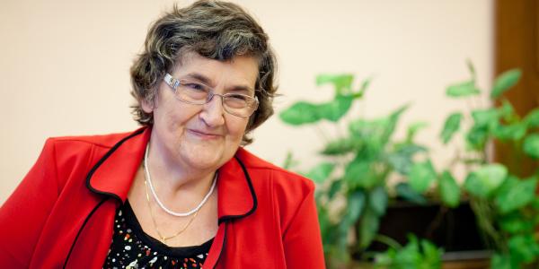 Trefort-díj Eperjesiné Dr. Végh Annának