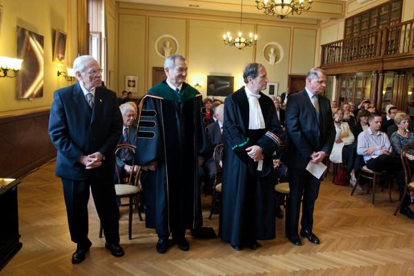 RS24786_KA-20141114-IMG_5746-honoris-causa-scr