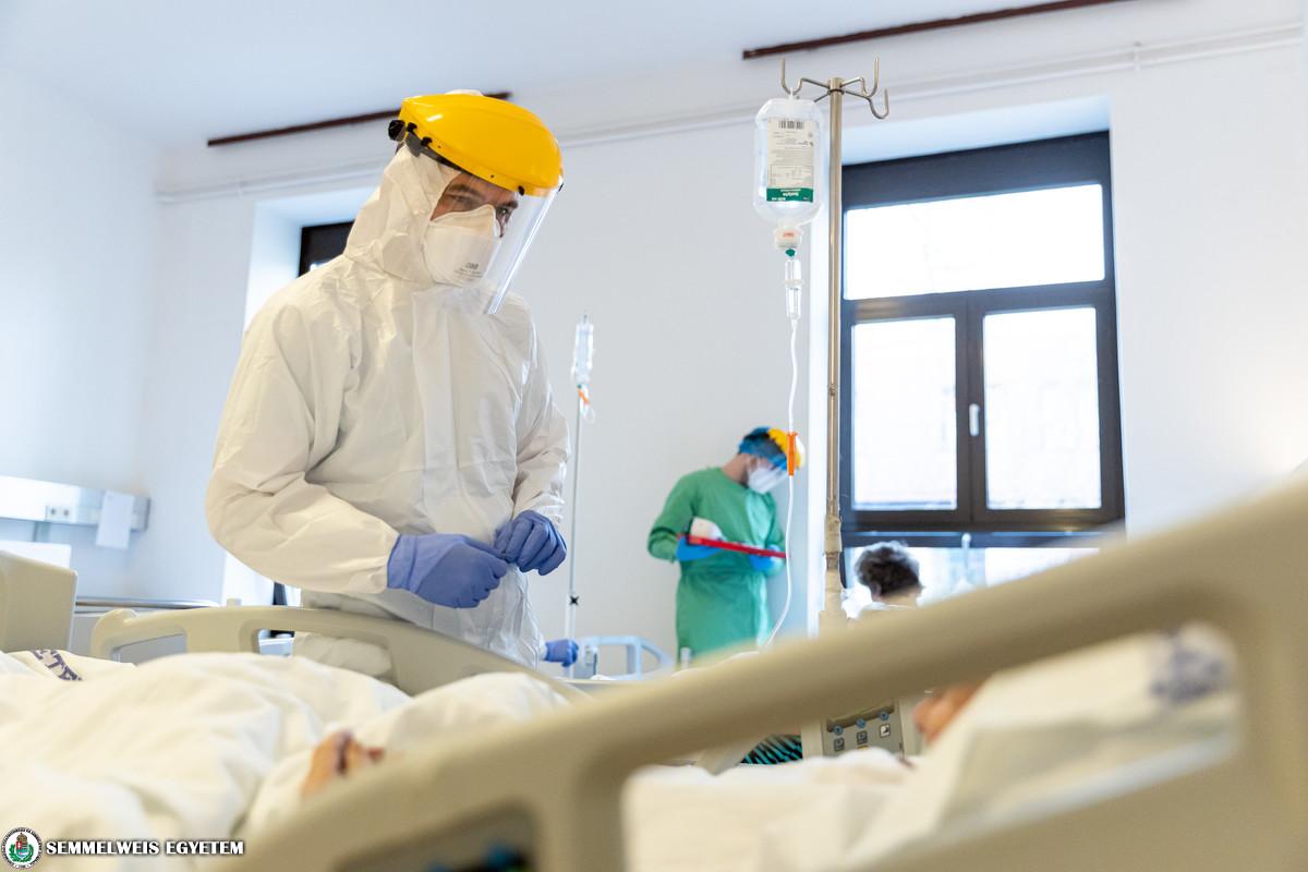 COVID betegellátás a Neurológiai Klinikán 2021.04. Fotó: Kovács Attila - Semmelweis Egyetem