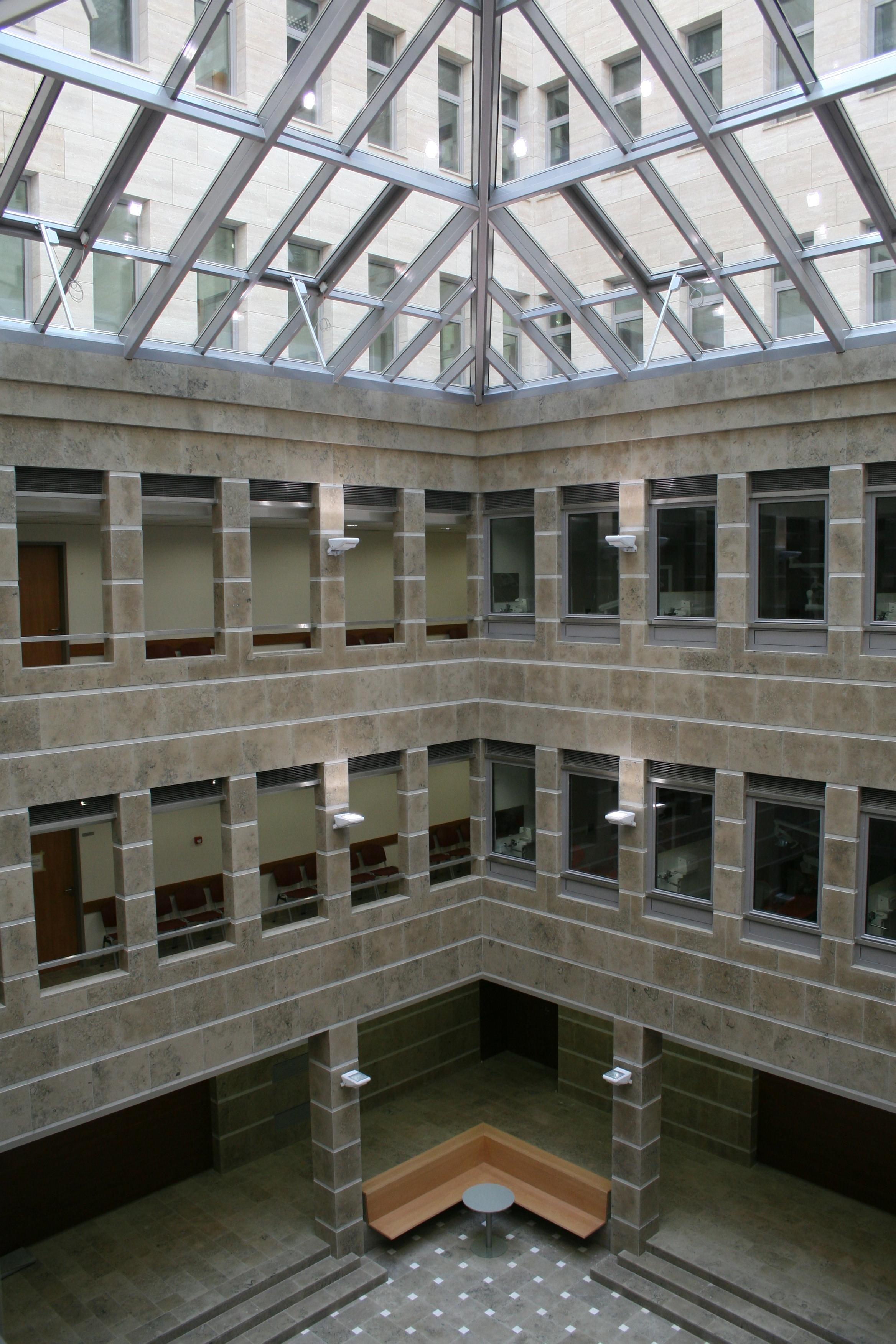 Fogorvostudományi Kar aula fotó: D. Kiss Balázs