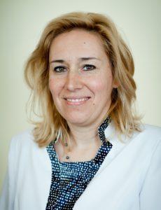 Dr. Szabó Dóra
