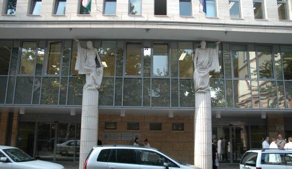 Fogorvostudományi Kar Oktatási Centrum homlokzata