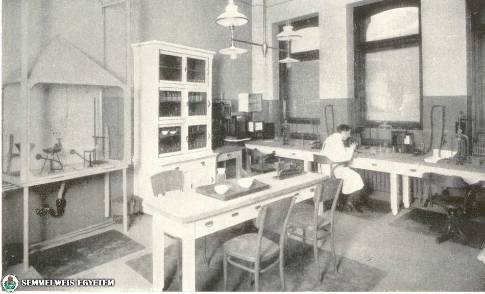 Stomatológiai Klinika - szövettani és bakteriológiai labor 1909-ben