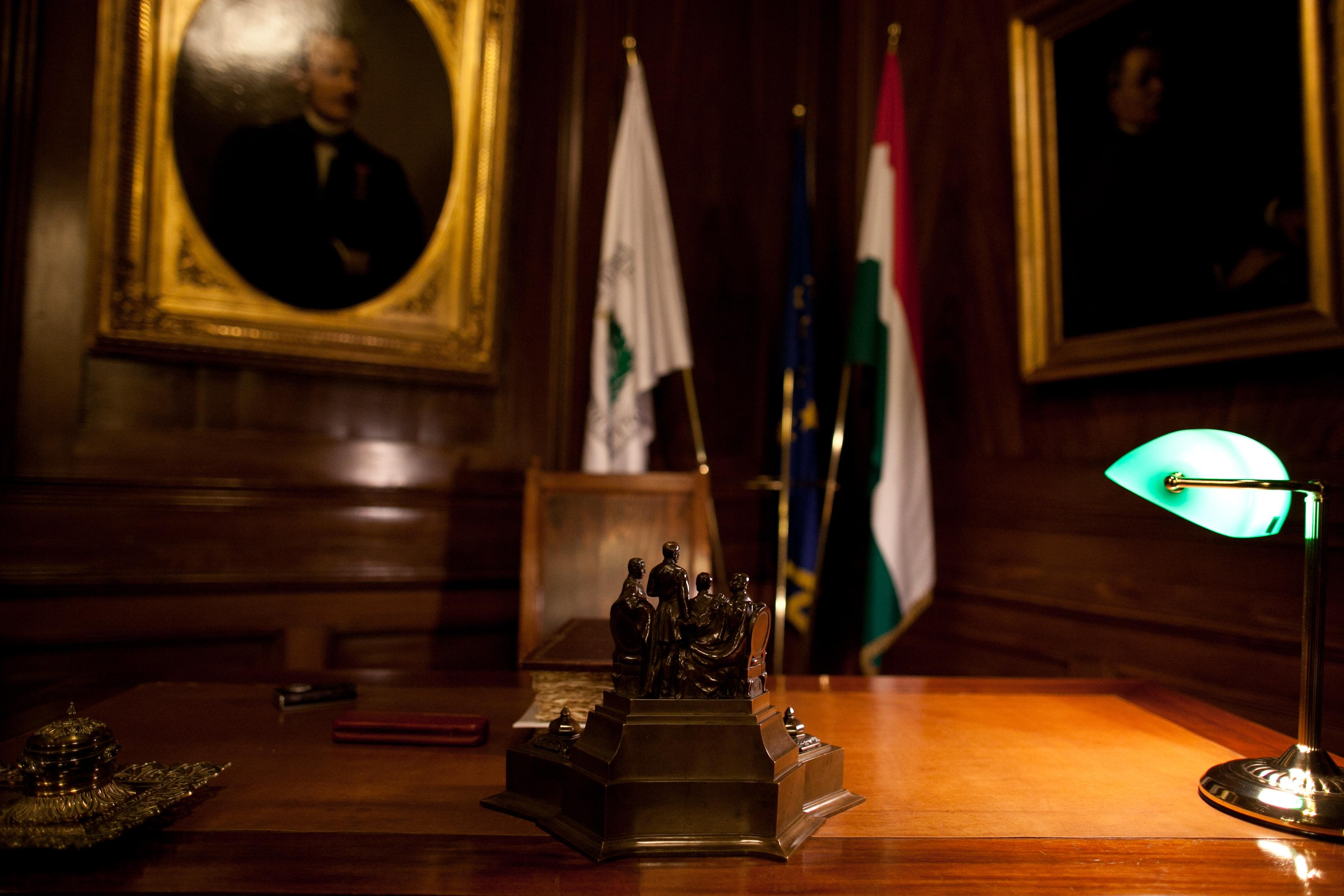 A rektori tárgyaló