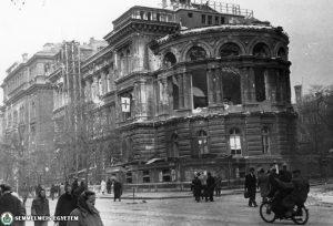 Az Üllői út 26. sz. épület 1956-ban